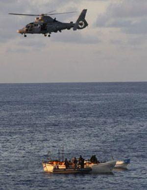 "Chacón saca pecho ante sus colegas europeos: ""Hemos destruido 11 buques de piratas"""