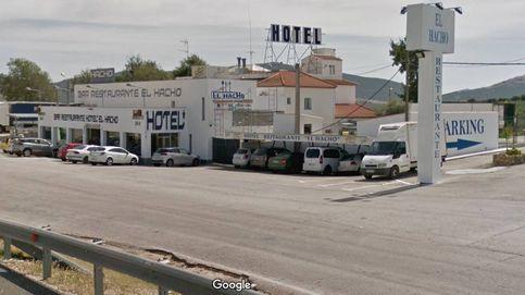 El Hacho, un restaurante de carretera, ofrece café y comida gratis