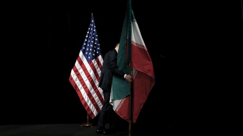 Foto: Las banderas de EEUU e Irán. (Reuters)