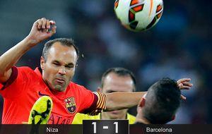 Luis Enrique experimenta con el Barça a la espera de sus estrellas