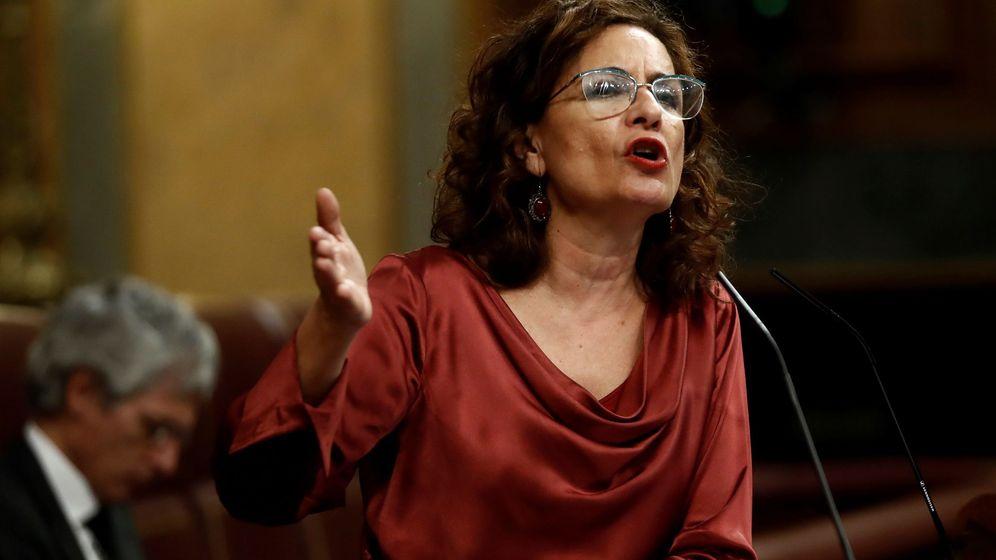 Foto: La portavoz del Gobierno y titular de Hacienda, María Jesús Montero. (EFE)