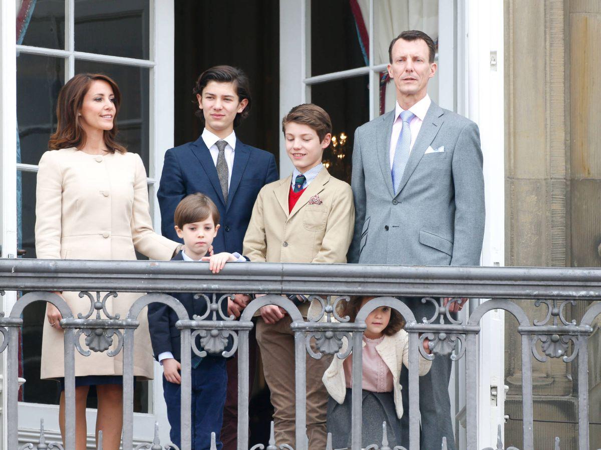 Foto:  Joaquín y Marie de Dinamarca, junto a sus hijos. (Getty)