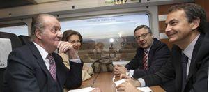 Foto: Los Reyes, Zapatero y Blanco se 'suben' al carro del éxito de la alta velocidad a Valencia