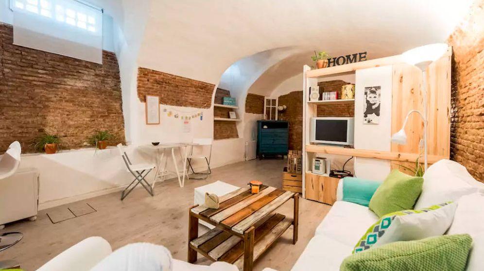 Foto: Un local comercial convertido en vivienda en Madrid. (Airbnb)