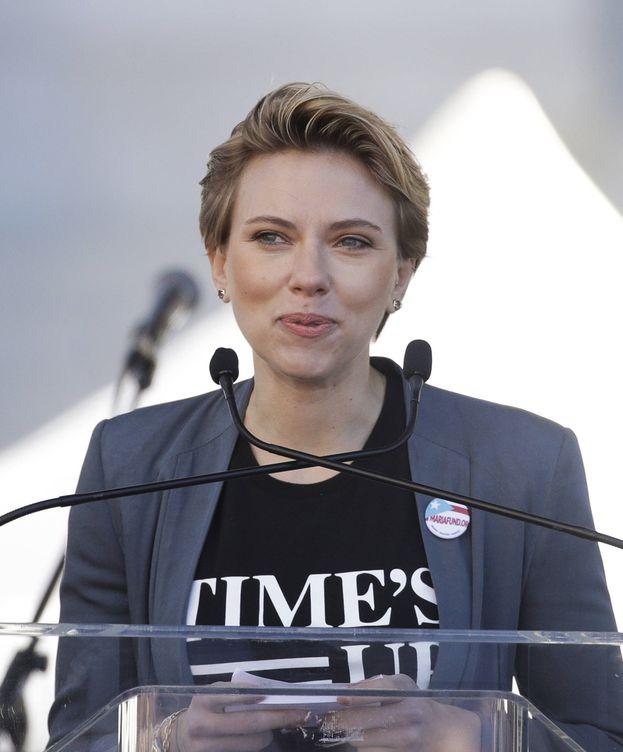 Foto: La actriz Scarlett Johansson durante su discurso en la Marcha de las Mujeres de Los Ángeles. (Gtres)