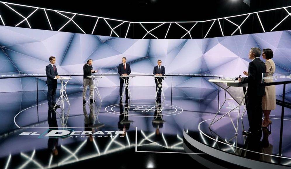 Foto: Pablo Casado, Pablo Iglesias, Pedro Sánchez y Albert Rivera, el pasado 23 de abril en el debate de Atresmedia, con Vicente Vallés y Ana Pastor. (EFE)