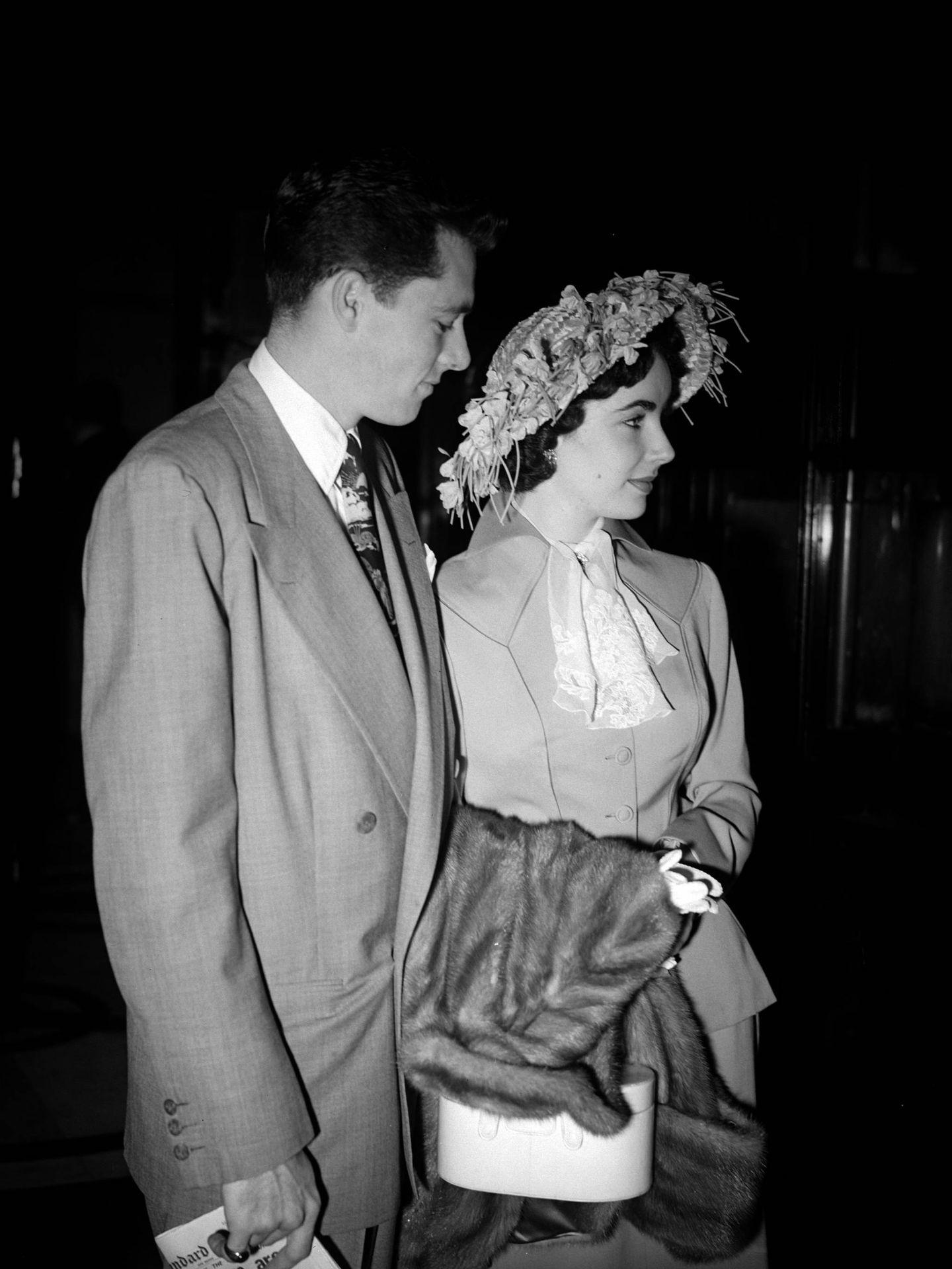 Nicky y Liz, recién casados. (Getty)