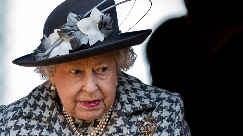 El día en que Isabel II se escondió detrás de un arbusto: ¿de quién huía?