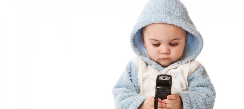 Foto: Da igual niños que adultos, el wifi y los móviles no son peligrosos para la salud