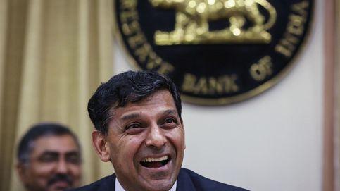 India no es menos que China y baja los intereses para frenar a la rupia