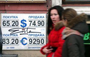 El Banco Central de Rusia triplicó la venta de dólares en 2014