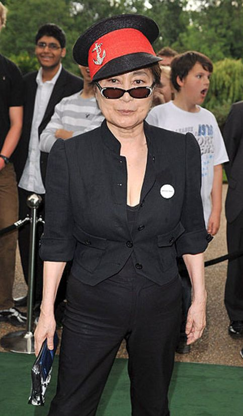 Yoko Ono desbarató una reunión de The Beatles en 1974
