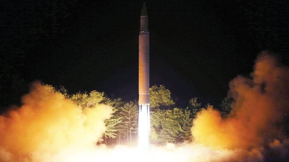 Foto:  Lanzamiento del nuevo misil intercontinental de Corea del Norte (Foto: Agencia de noticias de Corea del Norte)