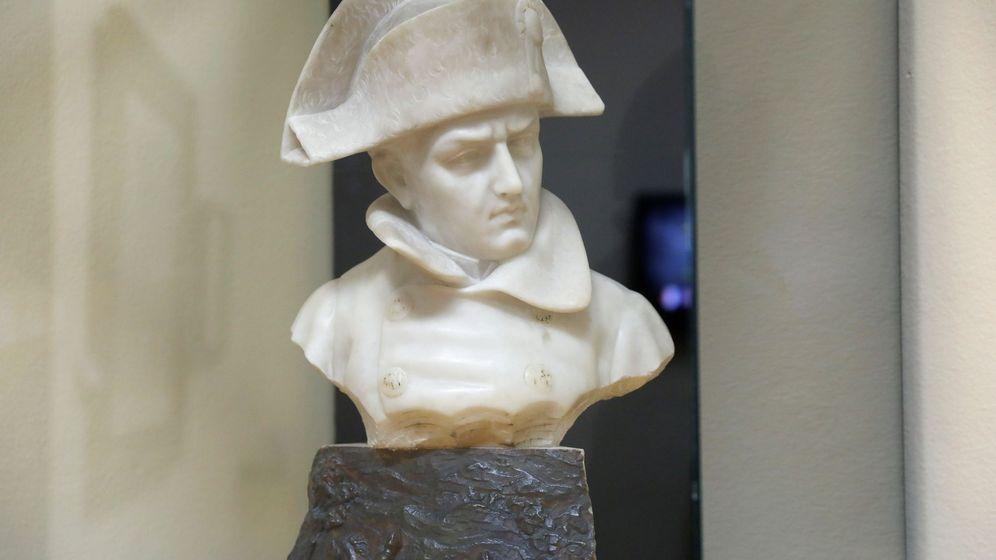 Foto: Busto de Napoleón en el Museo Militar de Buçaco. EFE Carlos Garcia