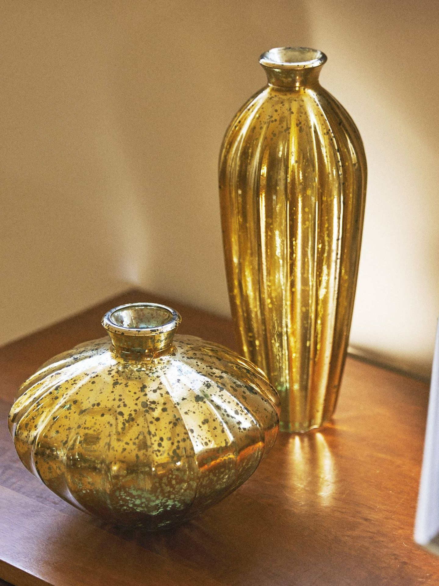 Zara Home te invita a decorar con vidrio mercurizado. (Cortesía)
