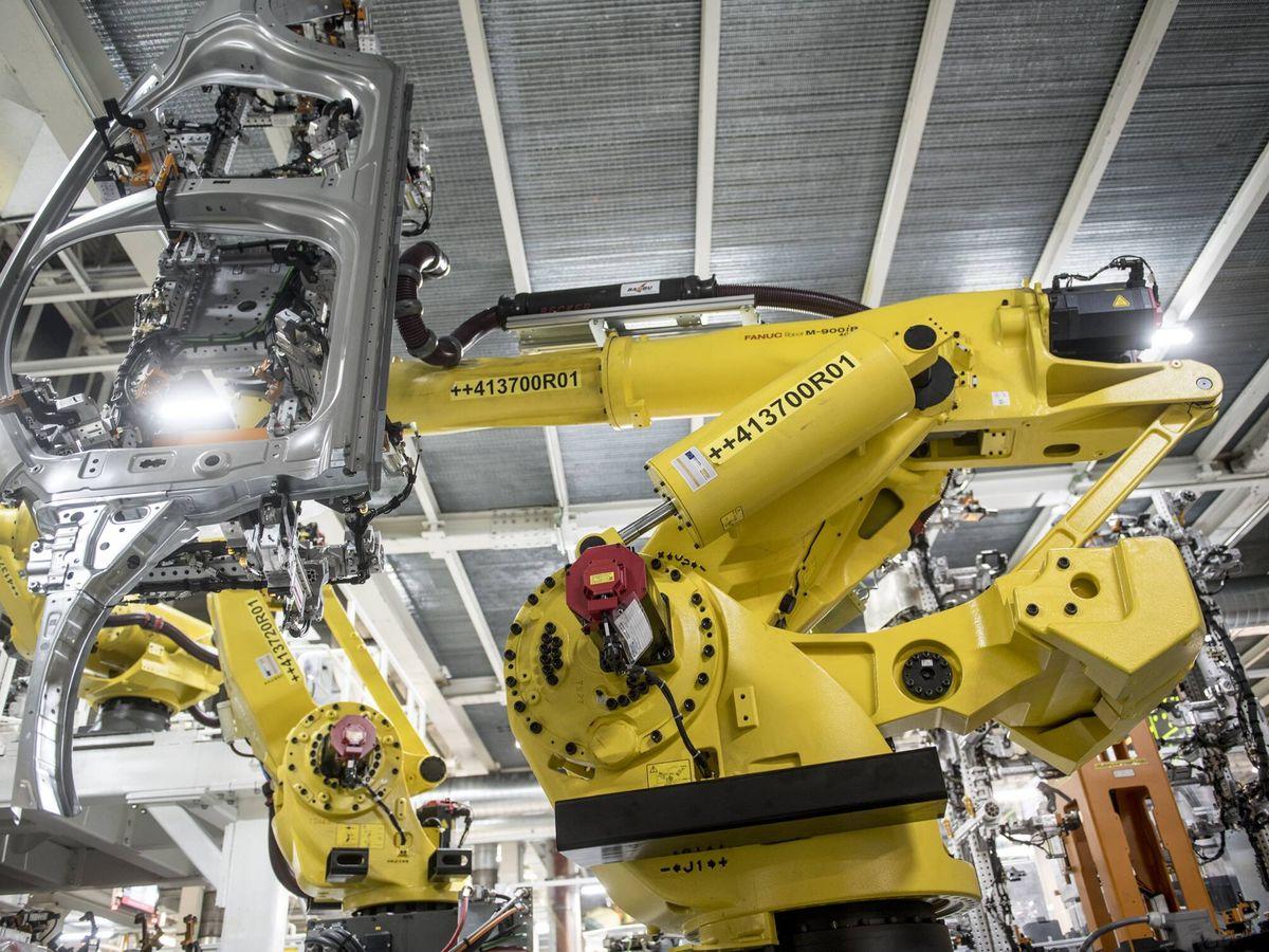 Foto: Robot de la fábrica de Seat en Martorell (Barcelona).