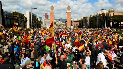 Cargas de los Mossos y detenidos en las protestas por un acto de Vox en Cataluña