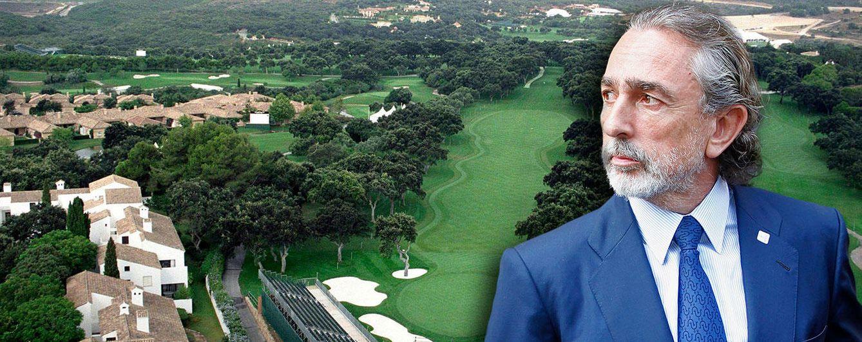 Foto: Francisco Correa en un fotomontaje realizado en 'Vanitatis' sobre los campos de golf de Sotogrande