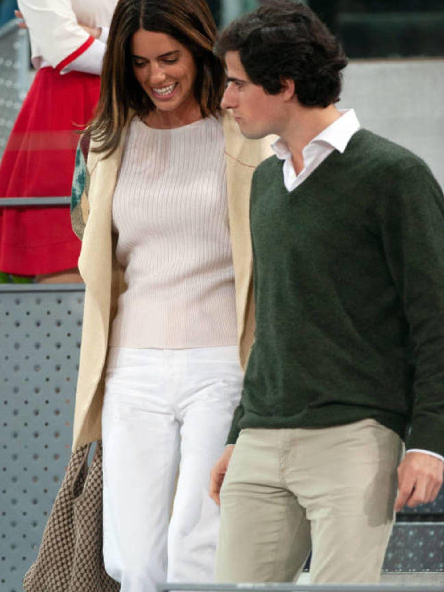 Sofía Palazuelo y su marido en el Masters de Tenis con bolso de Tissa Fontaneda y chaleco de Jan Taminiau. (Archivo)