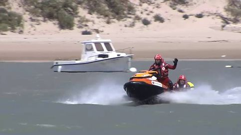 Los socorristas entrenan para salvar vidas con el nuevo protocolo por covid-19