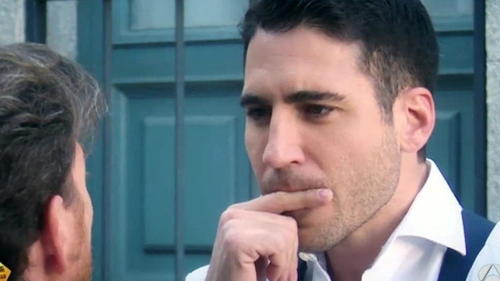 Pablo Motos enseña a Miguel Ángel Silvestre a pronunciar 'Velvet'