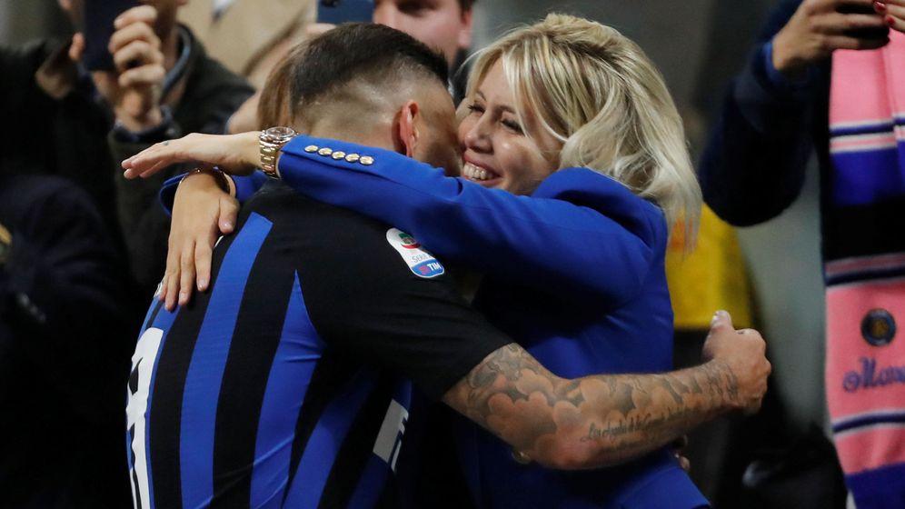 Foto: Wanda Nara y Mauro Icardi, en un partido reciente. (Reuters)
