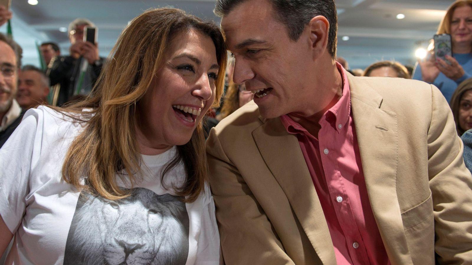 Foto: Pedro Sánchez, junto a Susana Díaz. (EFE)