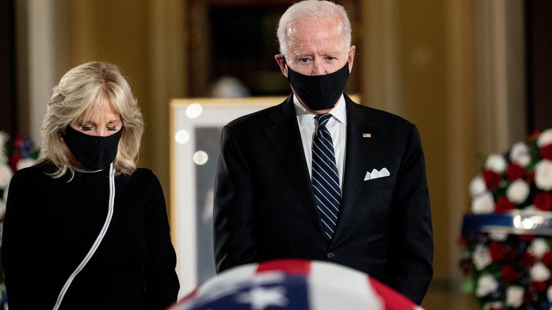 Joe y Jill Biden, en Washington. (EFE)