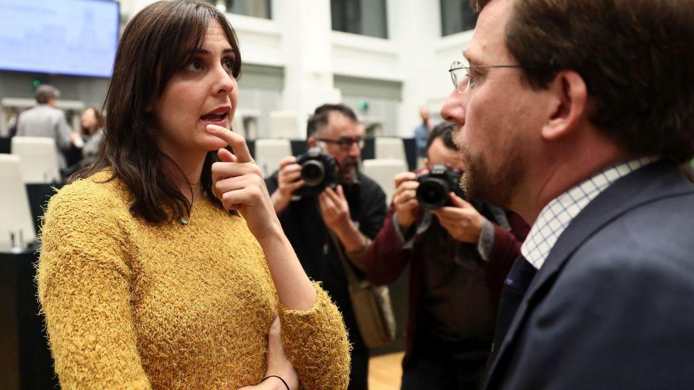 Foto: Rita Maestre, junto a Almeida. (EFE)