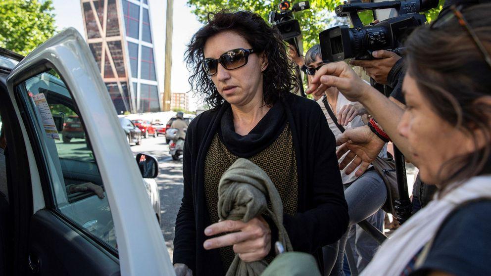 El juez deja en libertad  a la mujer acusada de secuestrar a su hija y le prohíbe acercarse