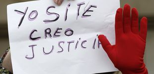 Post de Cárcel y 15.000 euros por una sátira contra la prensa: sentencia al falso 'tour de la Manada'