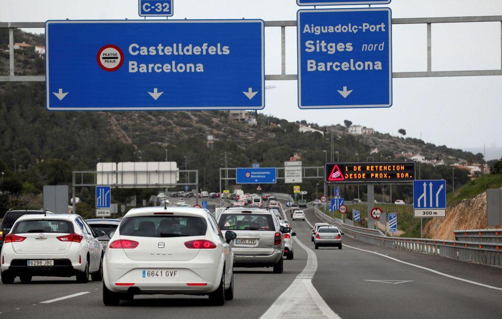 Foto: El Gobierno estudia poner peaje en todas las autovías. (EFE)