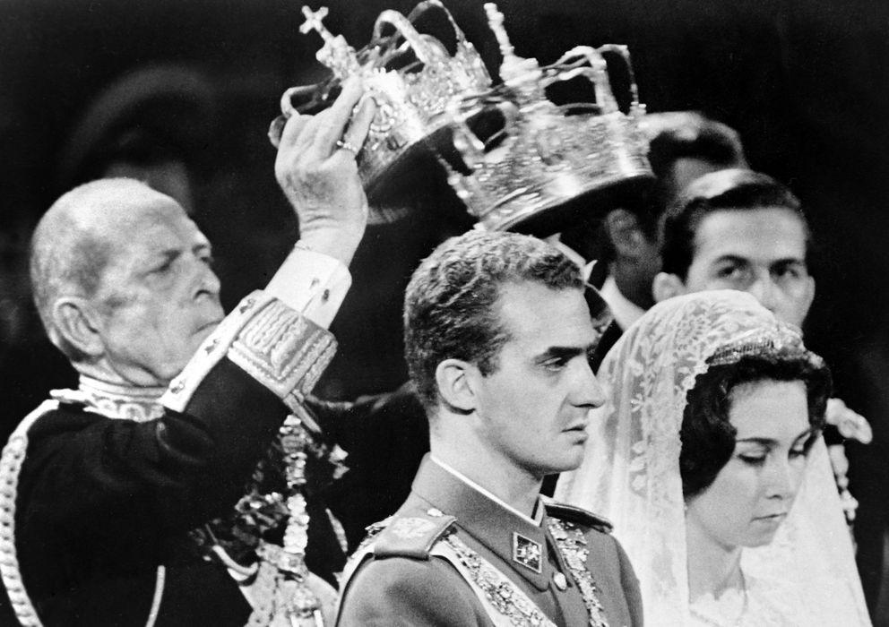 Foto:  Los Reyes eméritos el día de su boda (Casa Real)