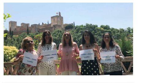 Un vídeo protagonizado por mujeres del PP respalda y pide el voto para Soraya