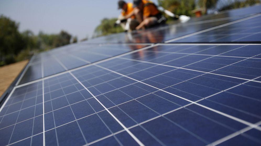 Foto: Instalación de paneles solares.