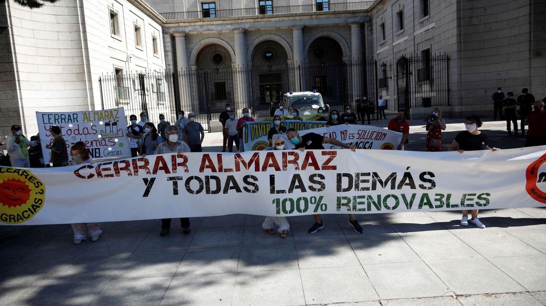 Manifestación del Movimiento Ibérico Antinuclear. (EFE)