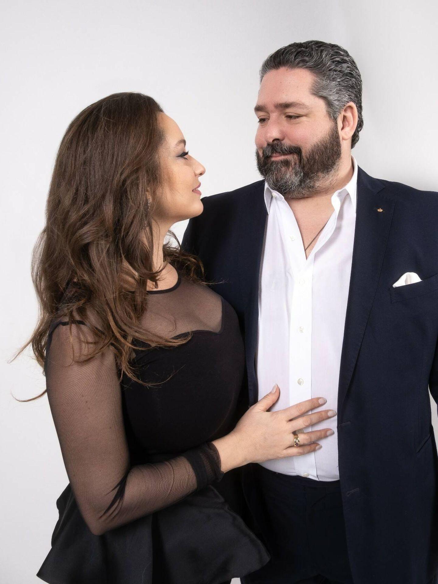 Jorge Románov y Rebecca Bettarini. (Cancillería de la Casa Imperial de Rusia)
