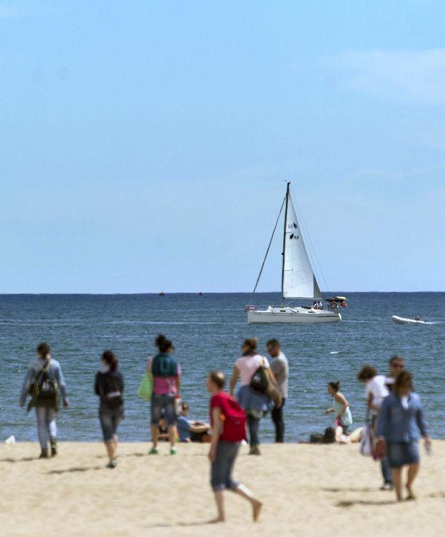 Foto: La playa de La Malvarrosa, en Valencia (EFE)