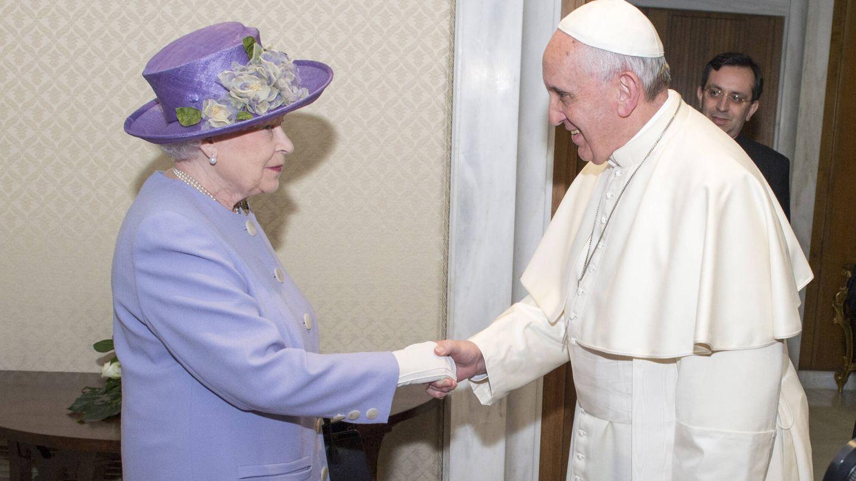 El Papa recibe a Isabel II el Vaticano. (Getty)
