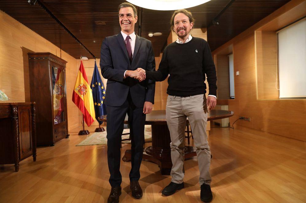 Foto: Pedro Sánchez y Pablo Iglesias, antes de su reunión en el Congreso este 11 de junio. (Inma Mesa | PSOE)