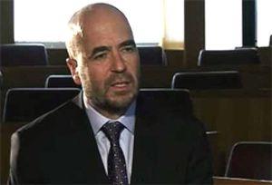 """Díaz-Giménez (IESE): """"Quiero saber cuántos coches oficiales hay en este país"""""""