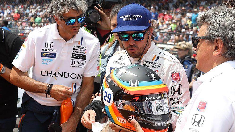 Foto: Fernando Alonso en la cita de 2017 en las 500 Millas de Indianápolis. (EFE)