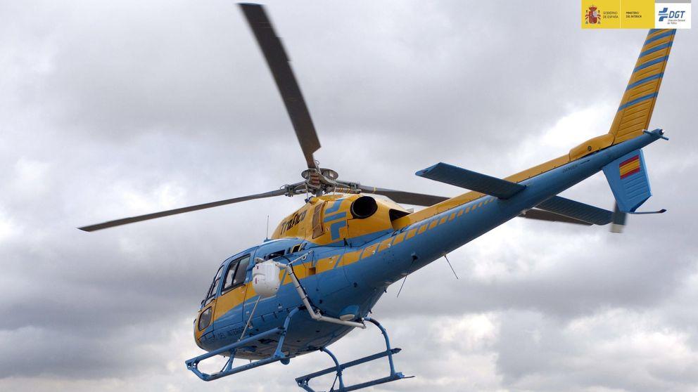 Las carreteras donde más multa a tu coche Pegasus, el radar en el helicóptero de la DGT