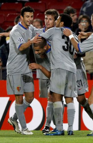 El Barça empata y pierde a Iniesta para seis semanas