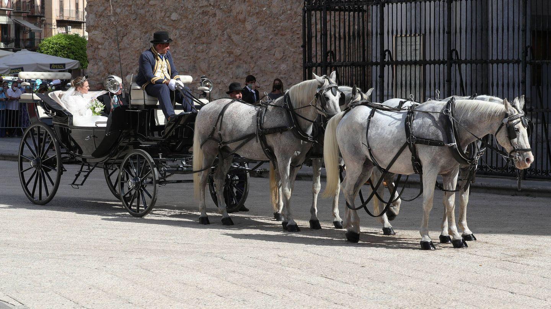 Charlotte Lindesay-Bethune, en un coche tirado por caballos blancos. (Gtres)