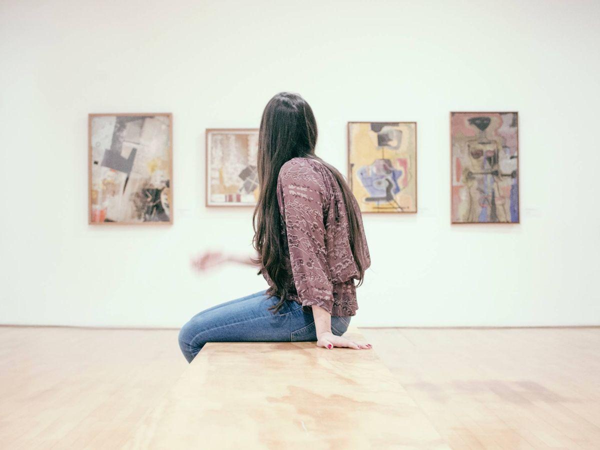 Foto: Visita al museo. (Gilber Franco para Unsplash)