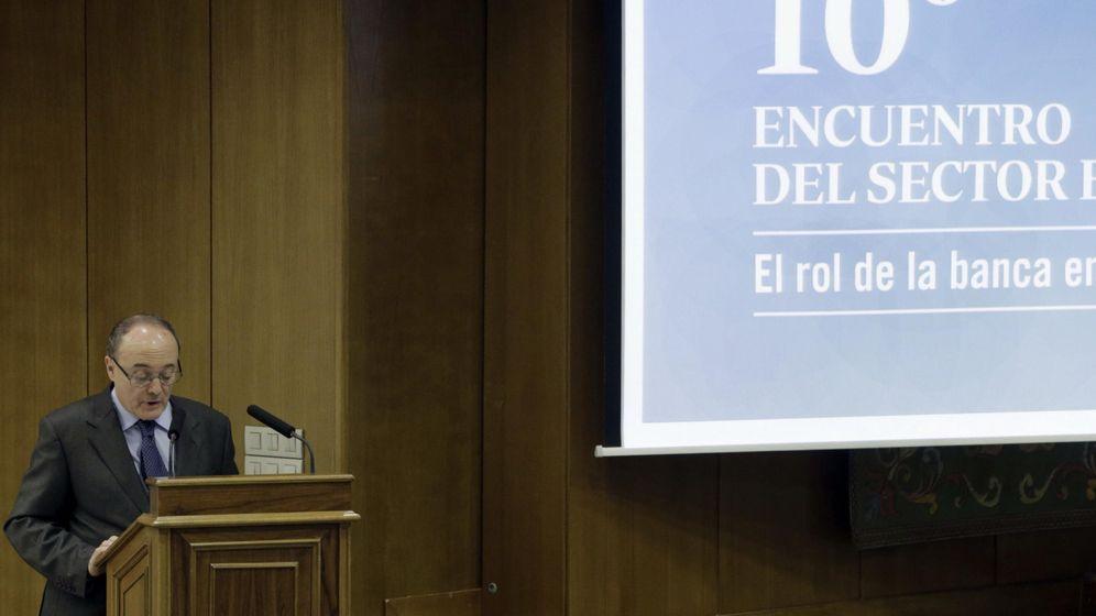 Foto: Imagen de archivo de Luis María Linde, gobernador del Banco de España (EFE)