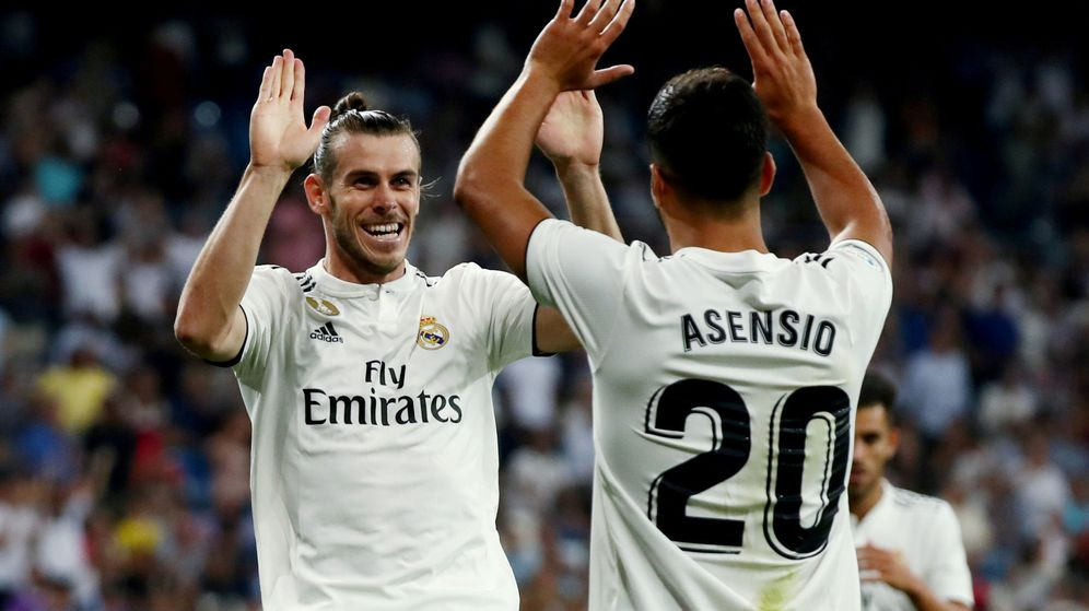 Foto: Gareth Bale y Marco Asensio celebran un gol del Real Madrid en Liga (Reuters)