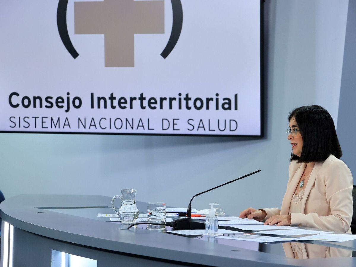 Foto: La ministra de Sanidad, Carolina Darias, ofrece una rueda de prensa tras la reunión del Consejo Interterritorial del Sistema Nacional de Salud, este martes en Madrid. (EFE)