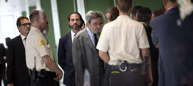 Foto: l expresidente de Catalunya Caixa, Narcís Serra (c), en la Ciudad de la Justicia (Efe)